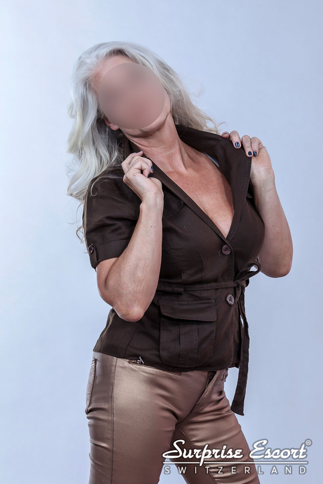 high class escort grosse naturbusen