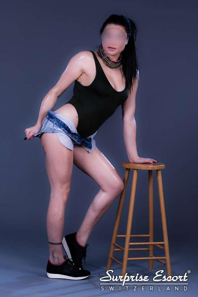 tattoos massage seks in de buurt vlaardingen
