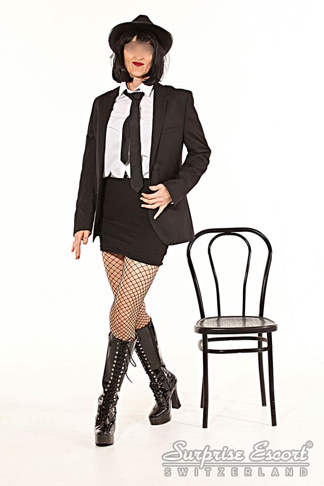 pärnu escorts striptease show